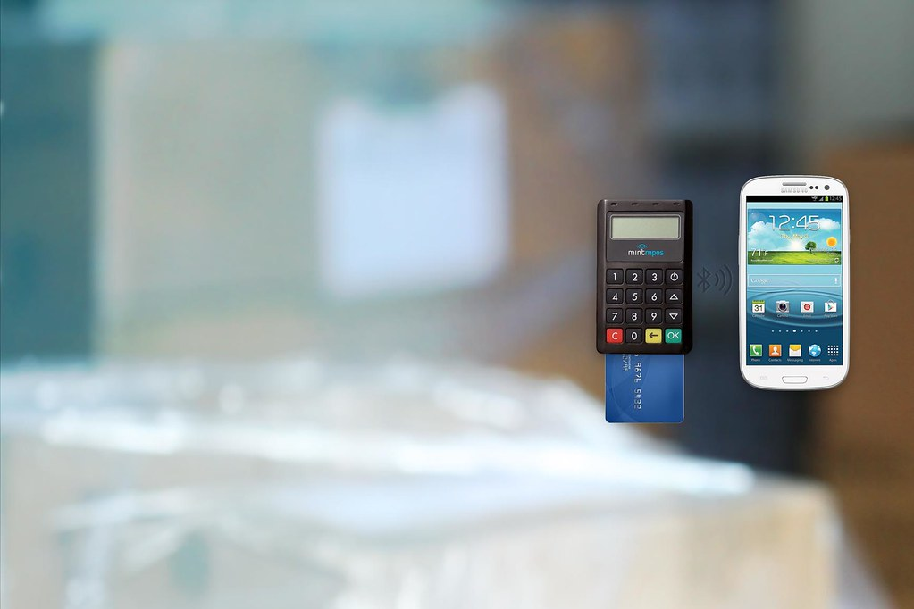 Mint mPOS Bluetooth Contactless Credit Card Reader for Aus