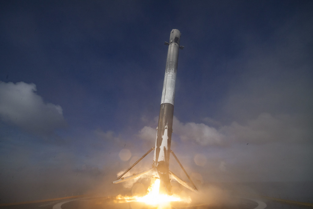 THAICOM 8 first-stage landing