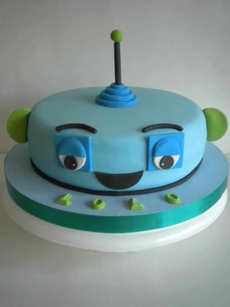 робот торт фото