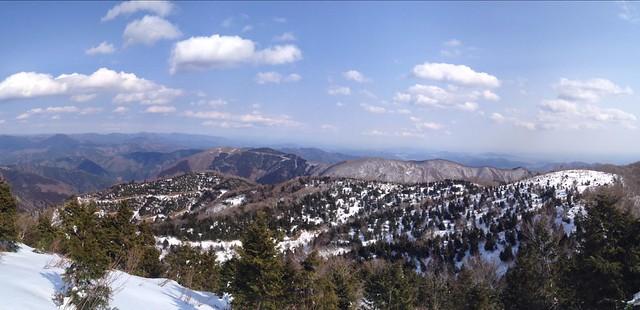 タンポから西台山を振り返る