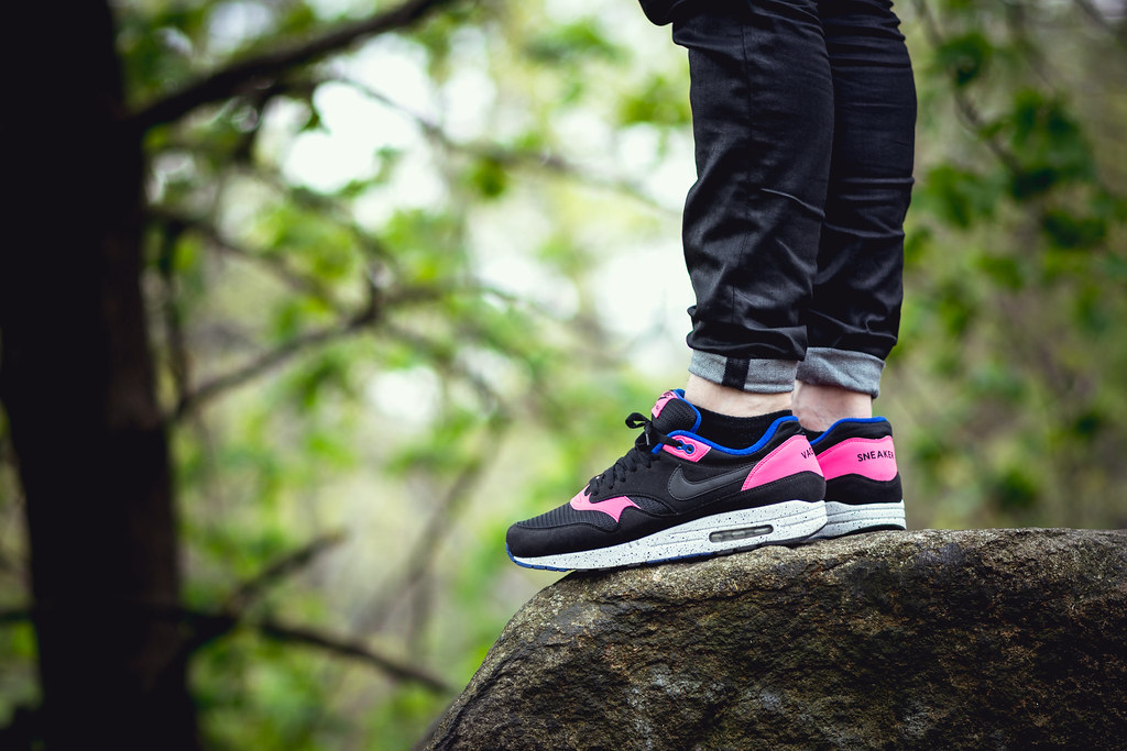 nike air max 1 id midnight rose