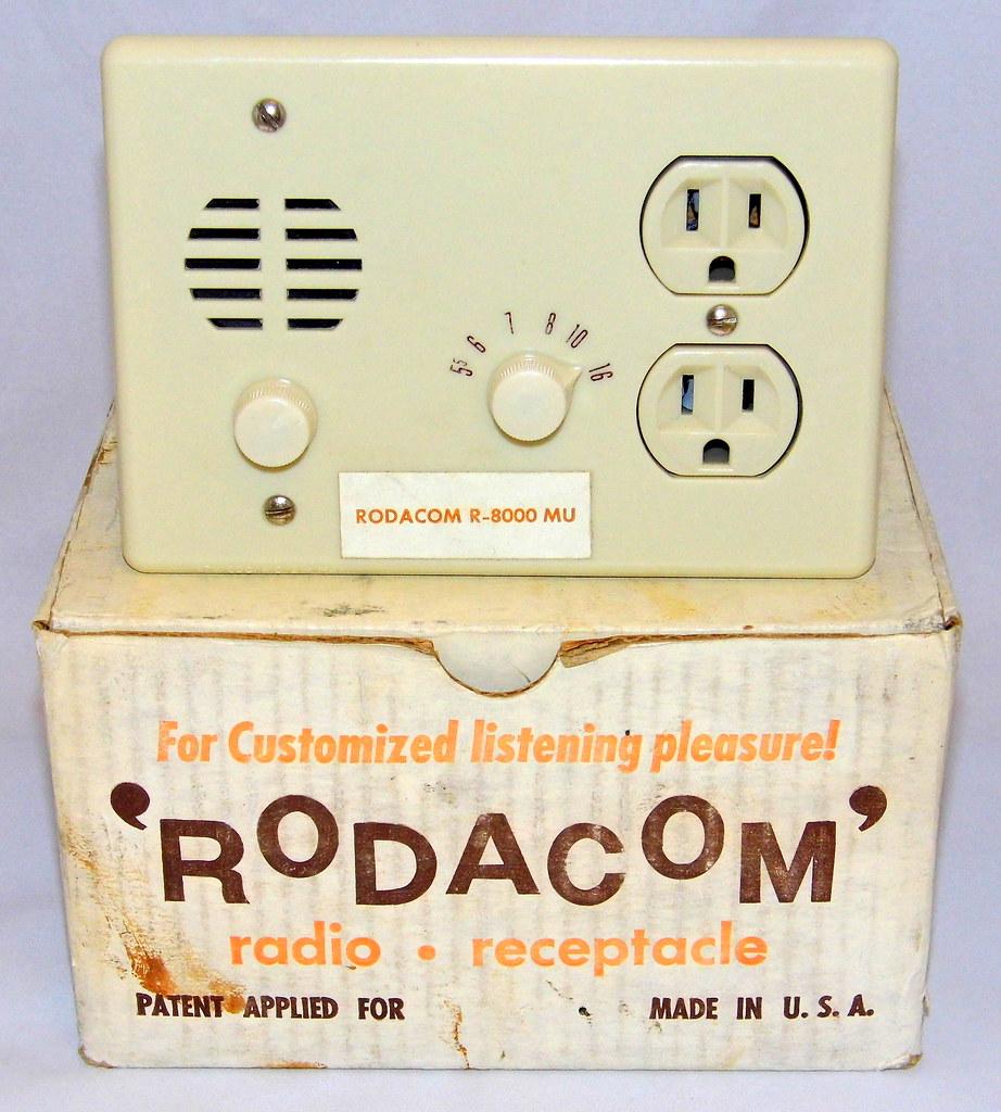 Vintage Rodacom Electrical Receptacle AM Transistor Radio … | Flickr
