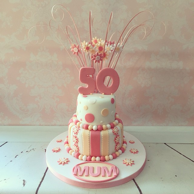 pretty 50th birthday cakes