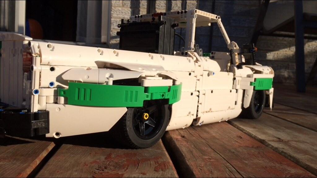 High Country Motors >> Slammed Dually Pickup truck - LEGO Technic and Model Team ...
