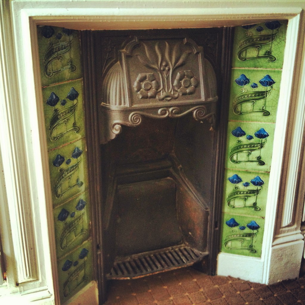 Victorian Fireplace In The Telstar Hotel Exeter A Beautif Flickr