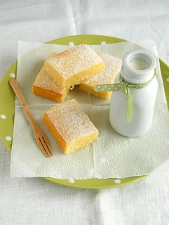 Lemon and coconut brownies / Brownies de limão siciliano e coco | by Patricia Scarpin