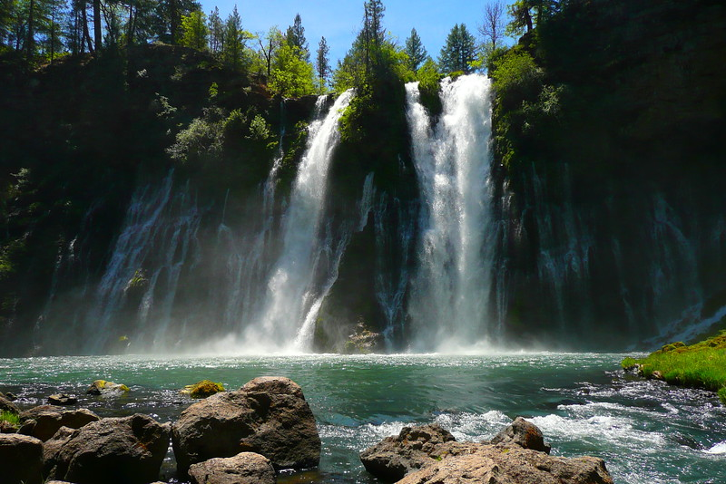 P1100709 Burney Falls, McArthur–Burney Falls Memorial State Park