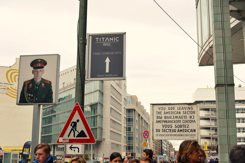 check point charlie Berlin 2016