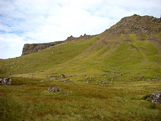 004 Wandeling bij Old Man of Storr