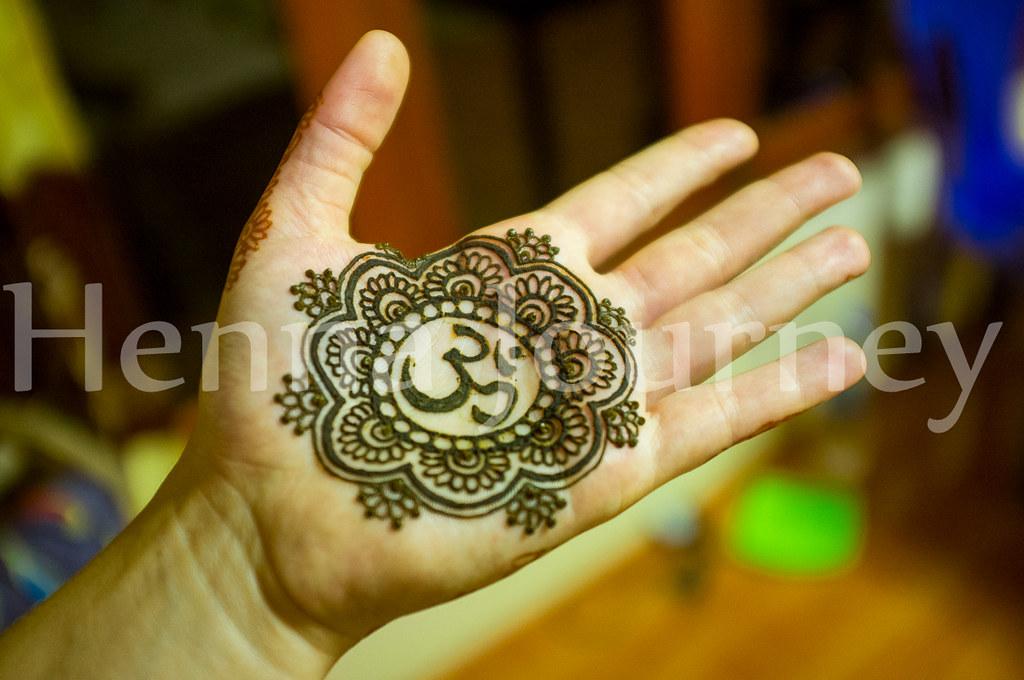 Henna Hand Indian Design With Floral Mandala Om Symbol Flickr