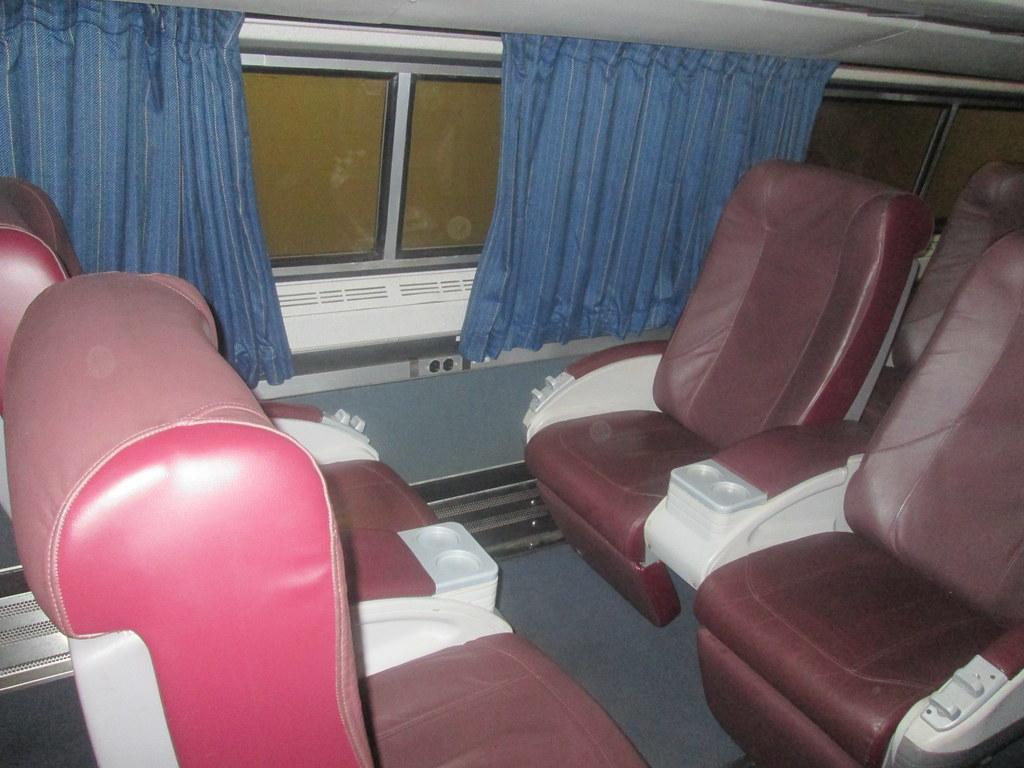 Amtrak Exhibit Train - Cafe/Business Car - Business Class … | Flickr