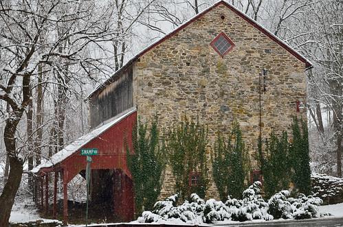 Old stone barn | A beautiful old stone barn along Indian ...