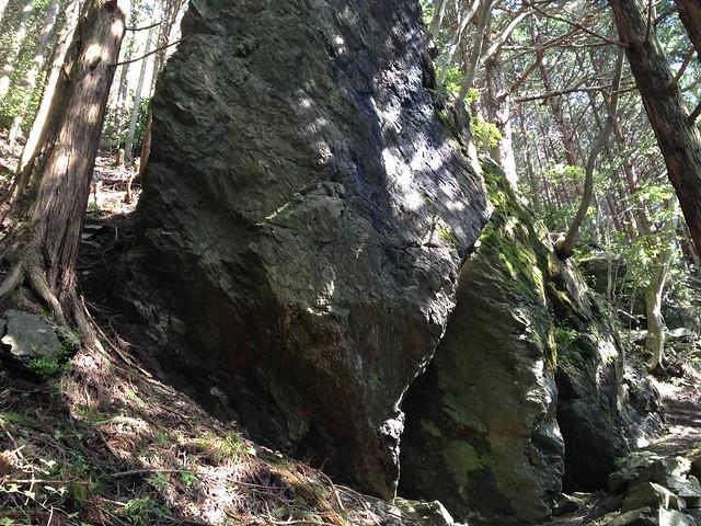石鎚山 西之川表参道 巨岩