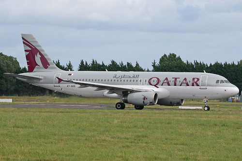 Qatar Airways Airbus A320-232, A7-ADD.