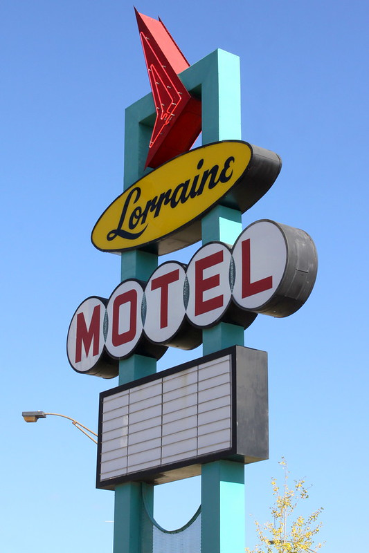 Lorraine Motel Sign / National Civil Rights Museum