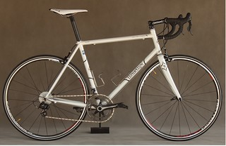 Crescendo in Pearl white | by Llewellyn Custom Bicycles