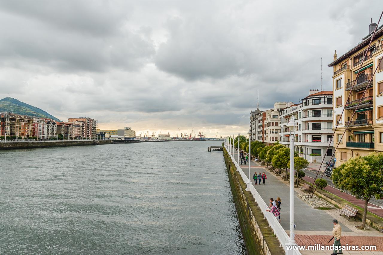 Río Nervión y orilla de Portugalete