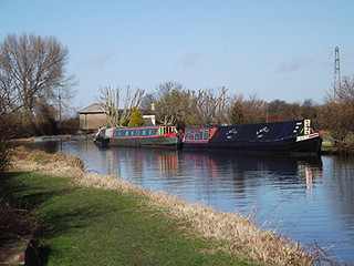 Vicarage-Moorings | by narrowboatinfo