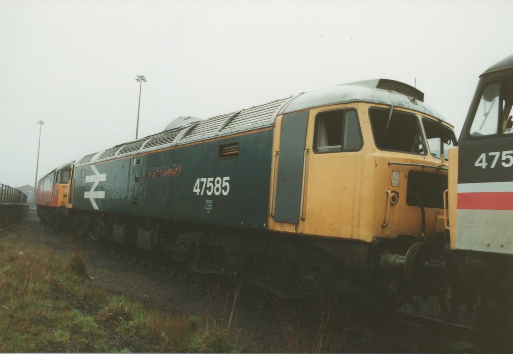 """... Withdrawn Large Logo Blue Class 47/4, 47585 