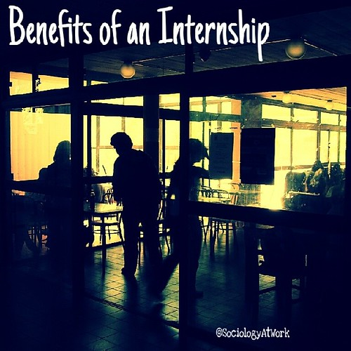 the advantages of internships 8 benefits of an internship what is an internship an internship is an official program that is offered by an employer to potential employees the modern concept of an internship has evolved from medieval apprenticeship, where a skilled laborer, often a craftsman, would take on and teach a young person their trade.