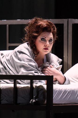 Elena Pankratova as Barak's wife in Die Frau ohne Schatten © ROH / Clive Barda 2014 | by Royal Opera House Covent Garden