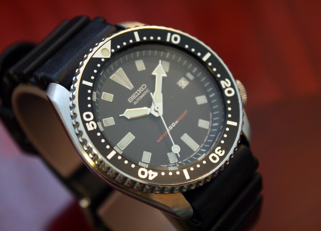 SEIKO 7002-7009 Diver's Watch | This is a SEIKO AUTOMATIC 70… | Flickr