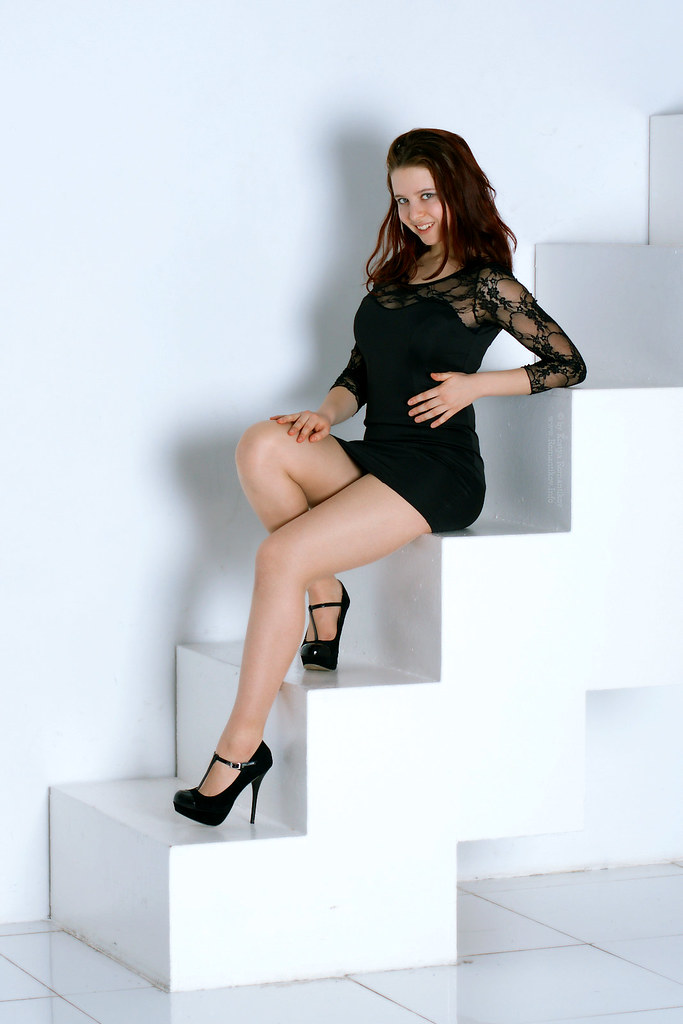 Russian girls pantyhose high heels are not