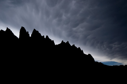 Storm clouds over The Sharkstooth | by willmac