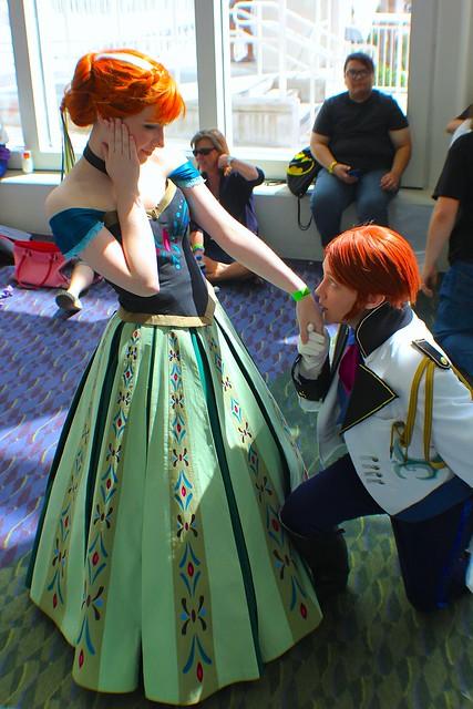 Disney cosplay costumes at MegaCon 2014  5170bbd79
