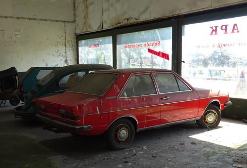 Audi 80 deze foto 39 s heb ik gemaakt bij een verlaten for Garage audi 91 viry chatillon