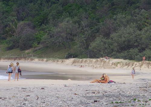 Jeune femme nue Walkers Sur la plage, Alexandria Bay, Noosa-3882