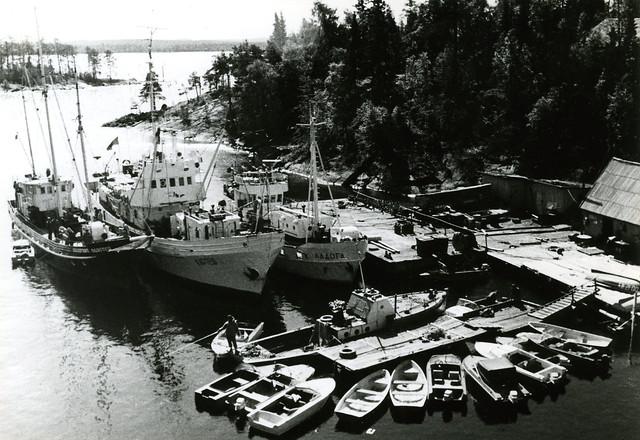 Мыс Картеш три корабля и лодки