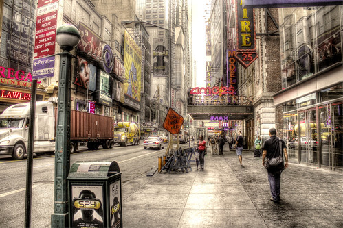 Städtische Strassenszene - Urban street scene | Broadway ...