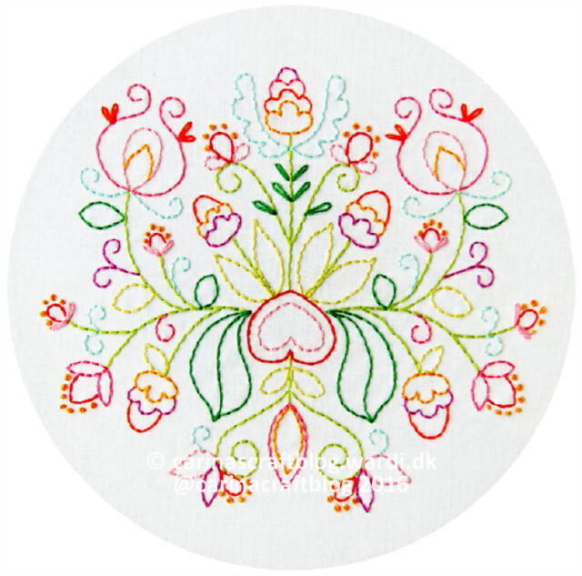 Summer Bouquet embroidery pattern