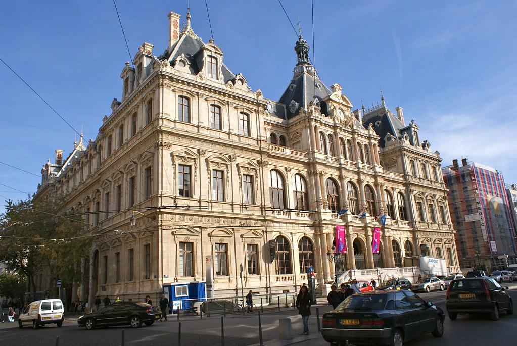 Bourse du travail dans la presqu'île de Lyon (quartier des Cordeliers).