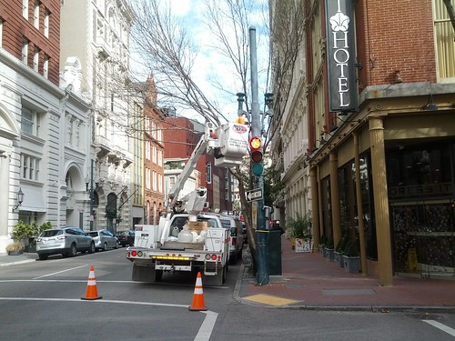 Streetlights being repaired in New Orleans | by Eric Fischer