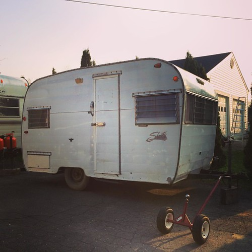 I just bought this house. #vintagetrailer #shasta #landyacht | by kindreds unite