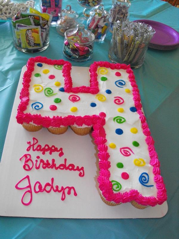 Number 4 Cupcake Cake