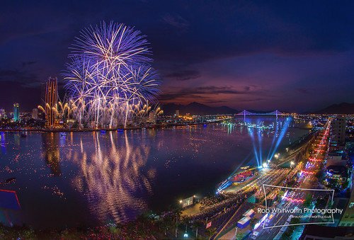 DaNang International Fireworks Competition 2013 by Rob Whitworth | by EpicFireworks