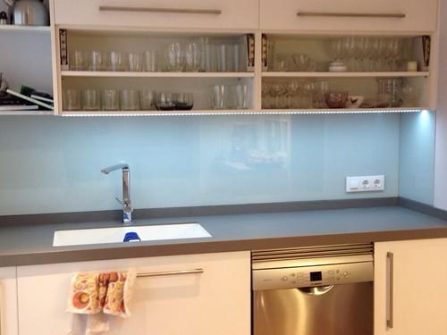 Frontal de cocina con cristal lacobel frontal de cocina for Cristaleria benissa