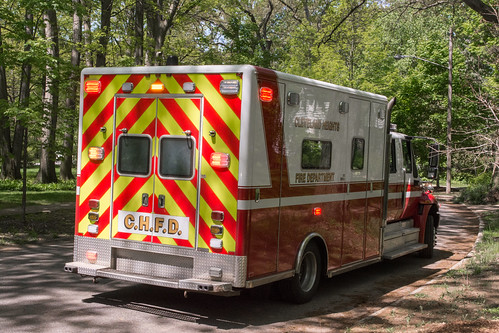 Cleveland Heights Ambulance rear right - 2016-05-18 | by Tim Evanson
