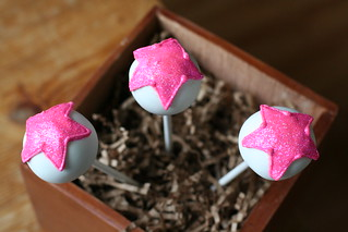 Star Cake Pops | by Sweet Lauren Cakes
