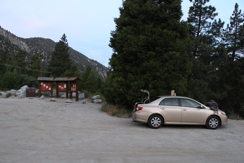 We arrive before dawn at the Momyer Trailhead Parking Area in Forest Falls