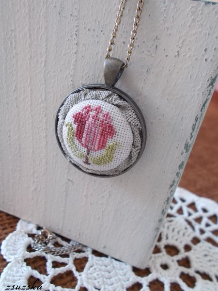 cross stitch, pendant, necklace, rosewood manor (2)
