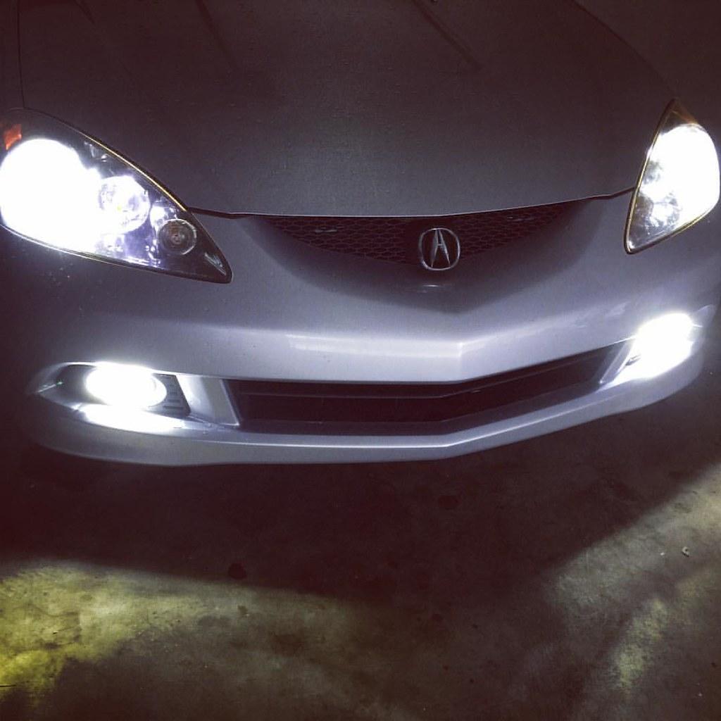 LED Headlight Fog Light And Running Light Bulbs On An Acu Flickr - Acura rsx headlight bulb