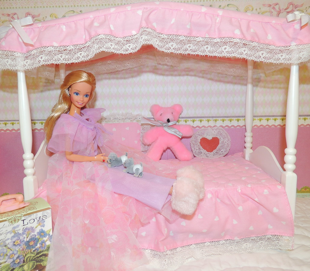 ... Vintage Bedtime Barbie Canopy Bed and 2 Puppies in Diapers | by The doll keeper & Vintage Bedtime Barbie Canopy Bed and 2 Puppies in Diapersu2026 | Flickr