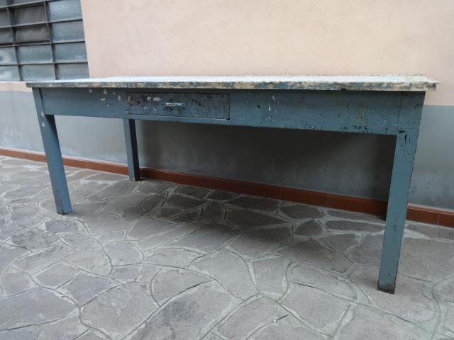 Tavoli Da Lavoro Vintage : Banco da lavoro industriale vintage laboratorio vintage