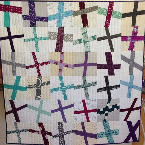 #wonkycross #quilt is done!!!  Wonky cross pattern / Tutorial by @elizabethagh  #sewing #quilting #handmade #sic2014 #sunnyincalfinishedquilts #sewquiltgive #charityquilts | by SunnyInCAL