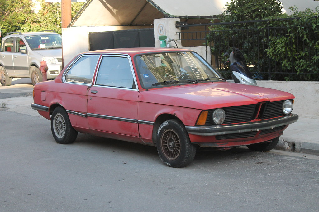 Abandoned BMW 318 E21 (1975-83) | Looking a little sorry for… | Flickr