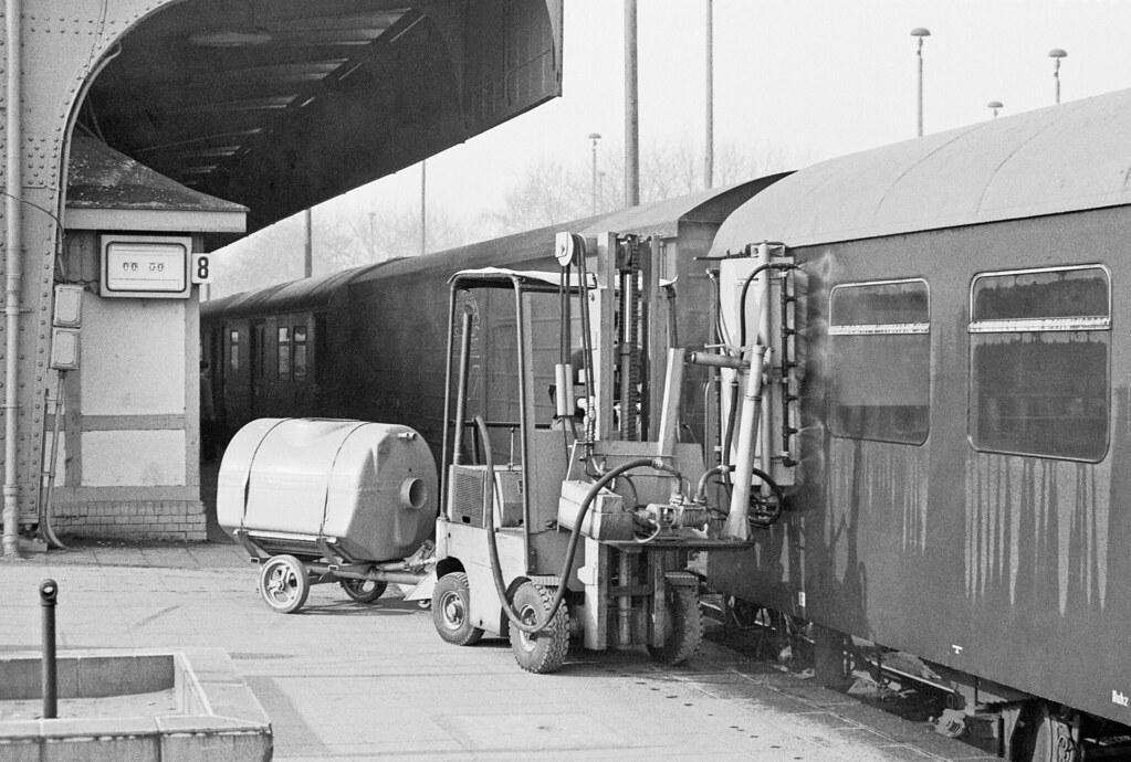 Gera Hbf Fensterreinigungsgerat Der Deutsche Reichsbahn Flickr